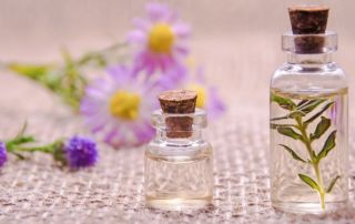 How does aromatherapy work? - essentials oils